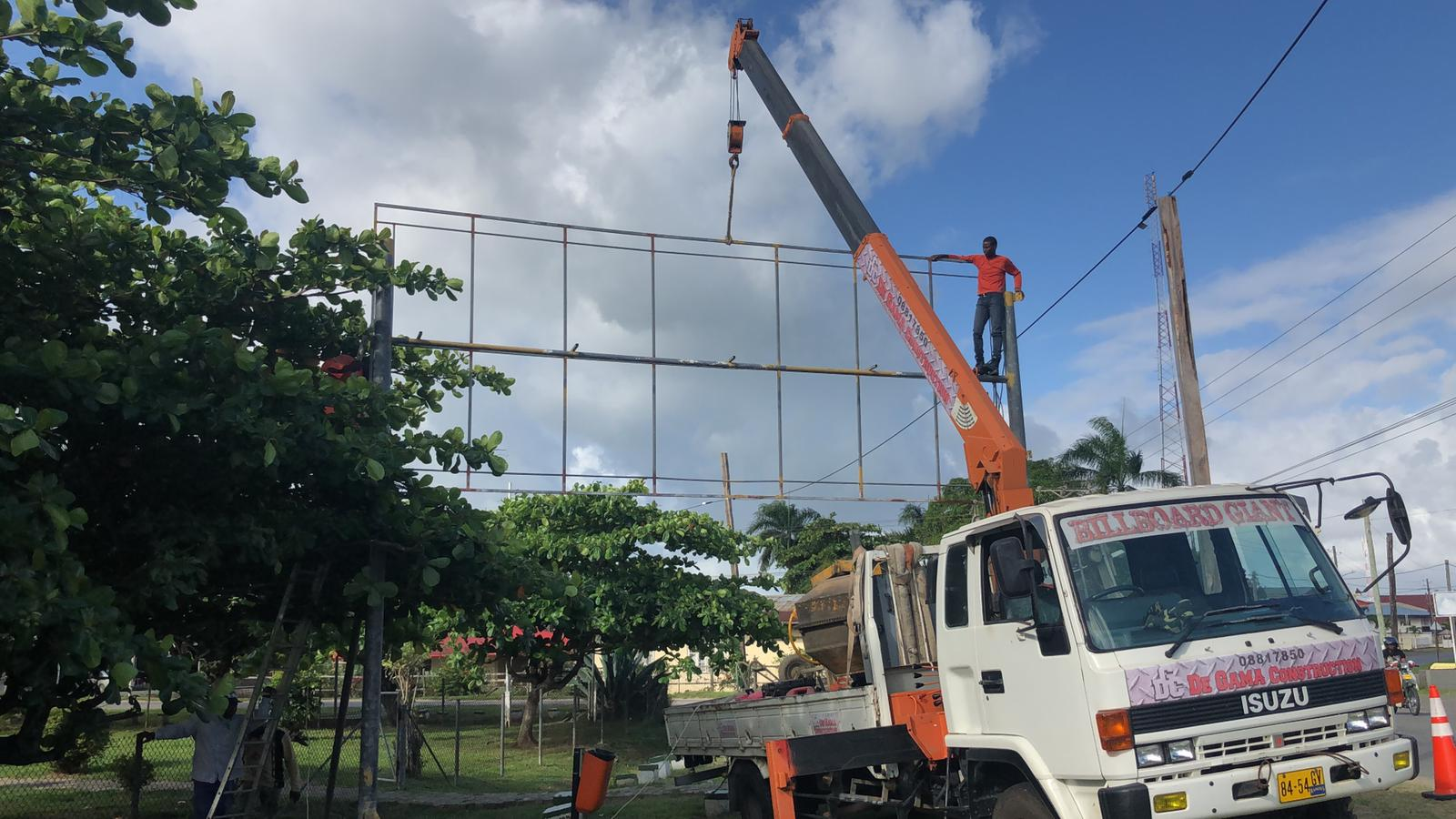 Reclamebord Print bedrijf in Suriname